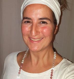 Ines Purandev Kundalini Yogalehrerin